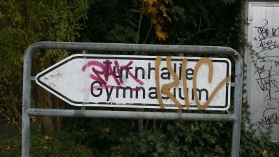 Carolus-Magnus-Gymnasium angeschlagen - Image leidet